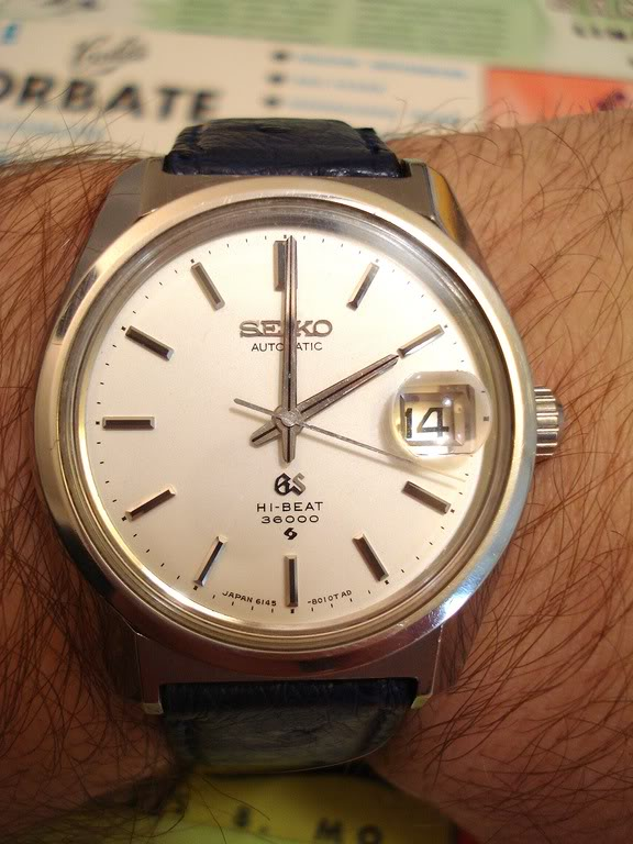 Je vais sans doute vous décevoir,  je trouve que cette montre est un évènement DSC06487-thumb