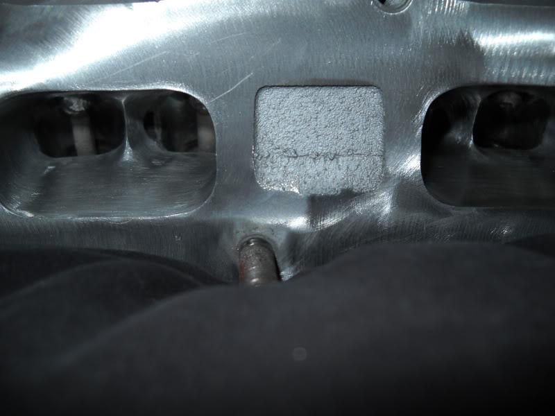 Ported & Polished SRT4 head DSCN0091
