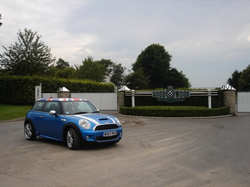 Laser Blue FJCW / Cooper S Club Goodwood2