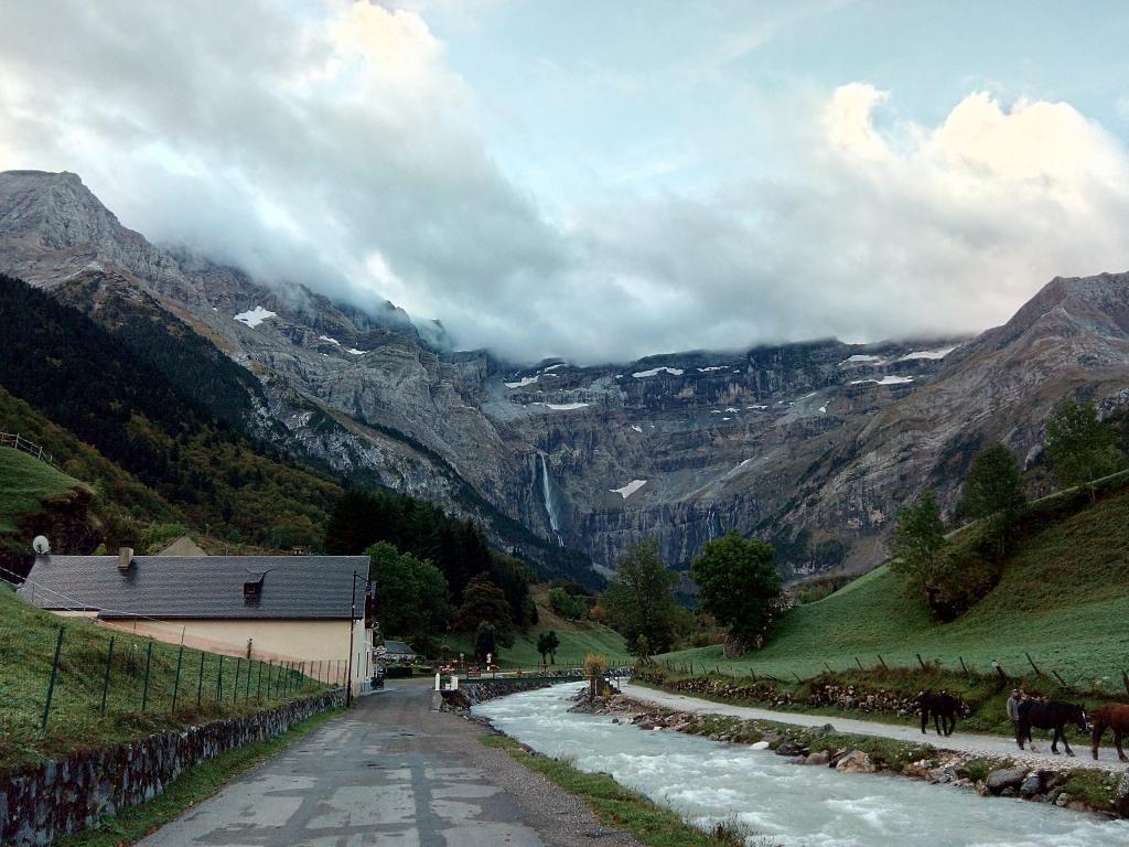 Midi-Pyrénées para desanuviar  :) Pirineustlm17_zpse79ee9c1
