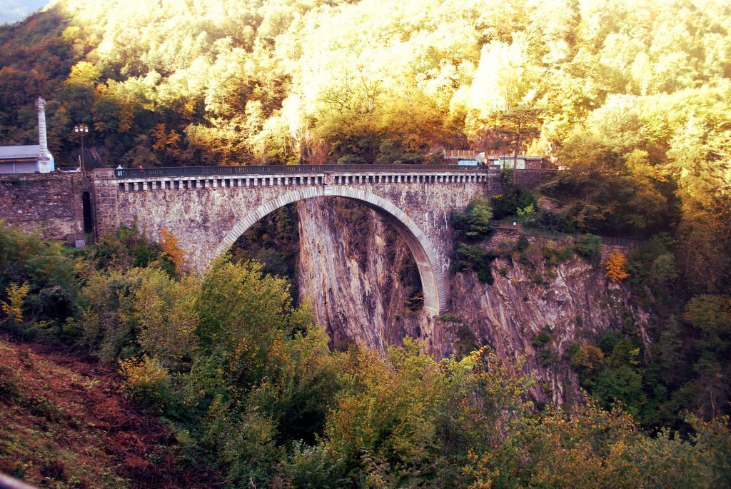 Midi-Pyrénées para desanuviar  :) Pirineustratada26_zpsa3671cb4