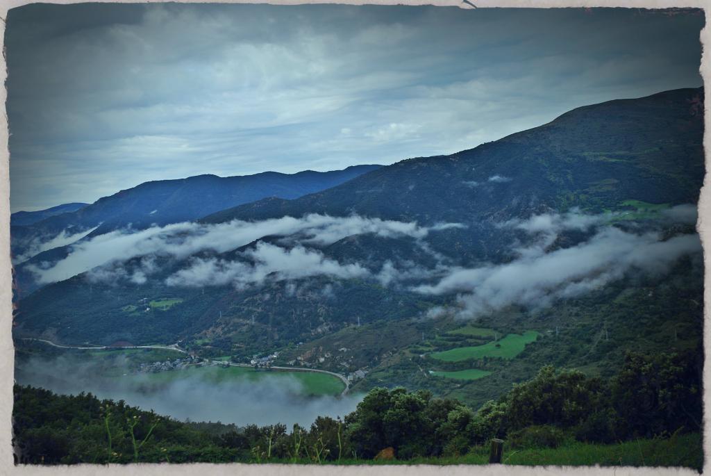 Midi-Pyrénées para desanuviar  :) Pirineustratada6_zps5d427a69