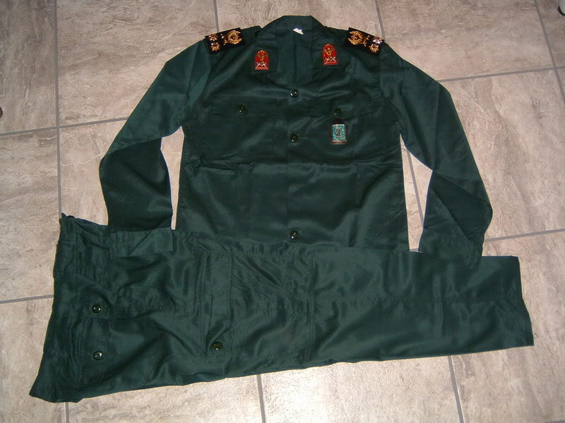 SEPAH PASDARAN OR REVOLUTIONARY GUARD OFFICER'S uniform IRANREVGUARDS1