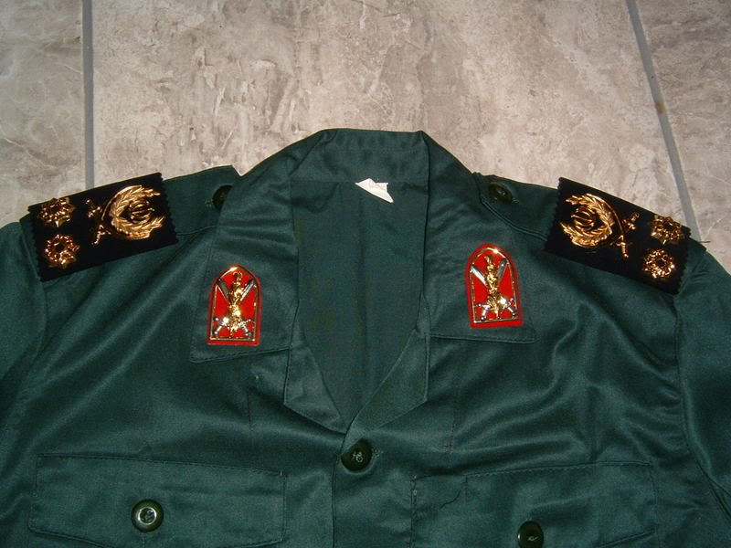 SEPAH PASDARAN OR REVOLUTIONARY GUARD OFFICER'S uniform IRANREVGUARDS3