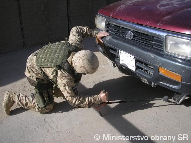 SLOVAKIA military photos (REFERENCE) Acz