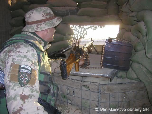 SLOVAKIA military photos (REFERENCE) Adg