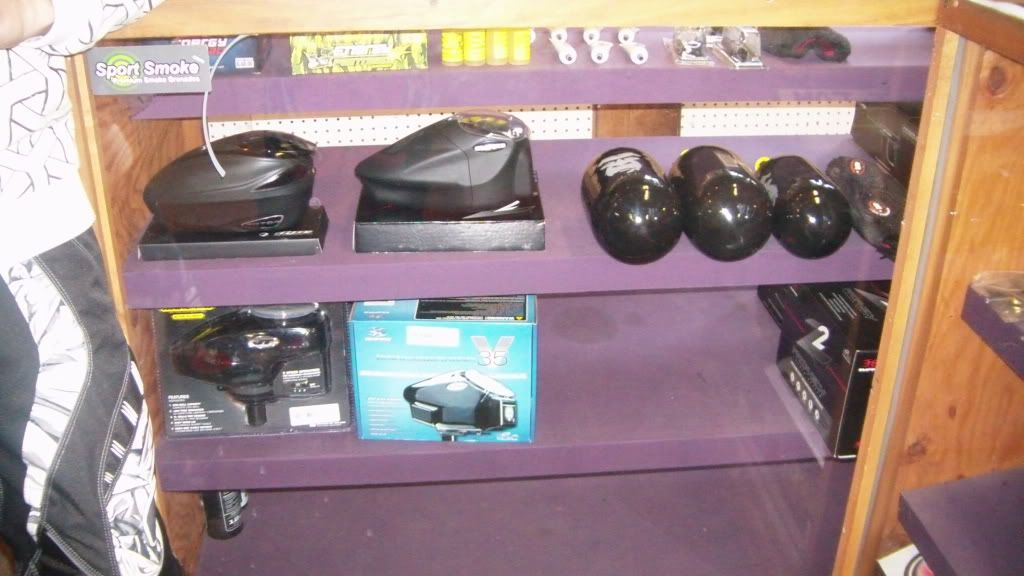 New updated proshop pictures. CAM_0014