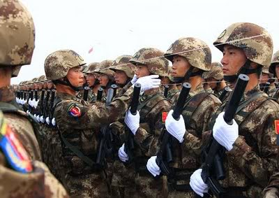 R. P. China - Página 2 Chinese-army-trianing-for-nation-1