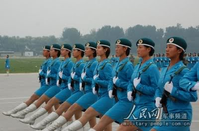 R. P. China - Página 2 Chinese-army-trianing-for-nation-6