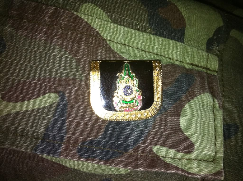 Thailand sniper jacket with bling bling badges ? 1b6d4f9b