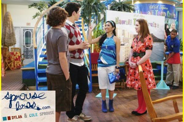 Wizards on Deck with Hannah Montana 1244806239