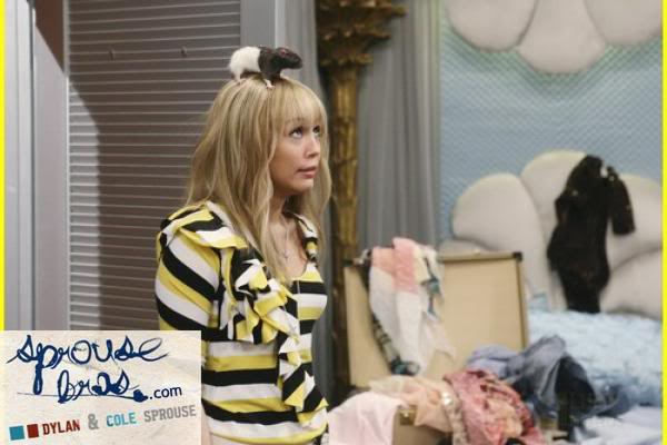 Wizards on Deck with Hannah Montana 1244807936
