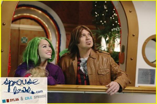 Wizards on Deck with Hannah Montana 1244808019