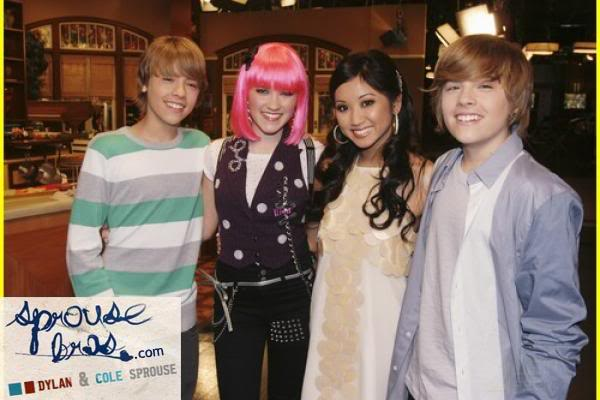 Wizards on Deck with Hannah Montana 1244808293