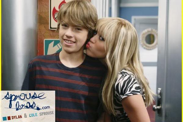 Wizards on Deck with Hannah Montana 1244808303