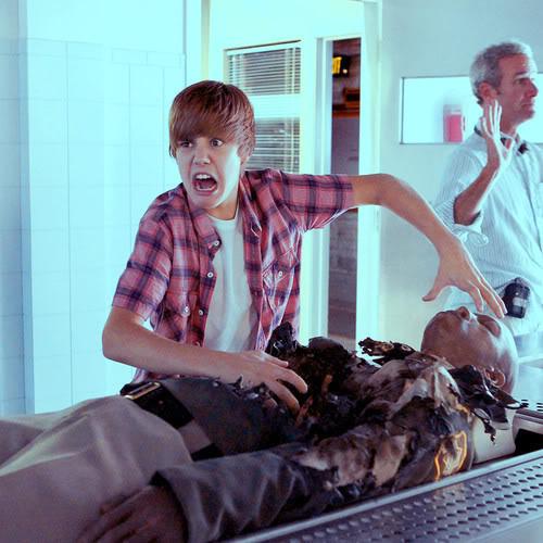 Justin Bieber first look on CSI Justinbieber_1280971424