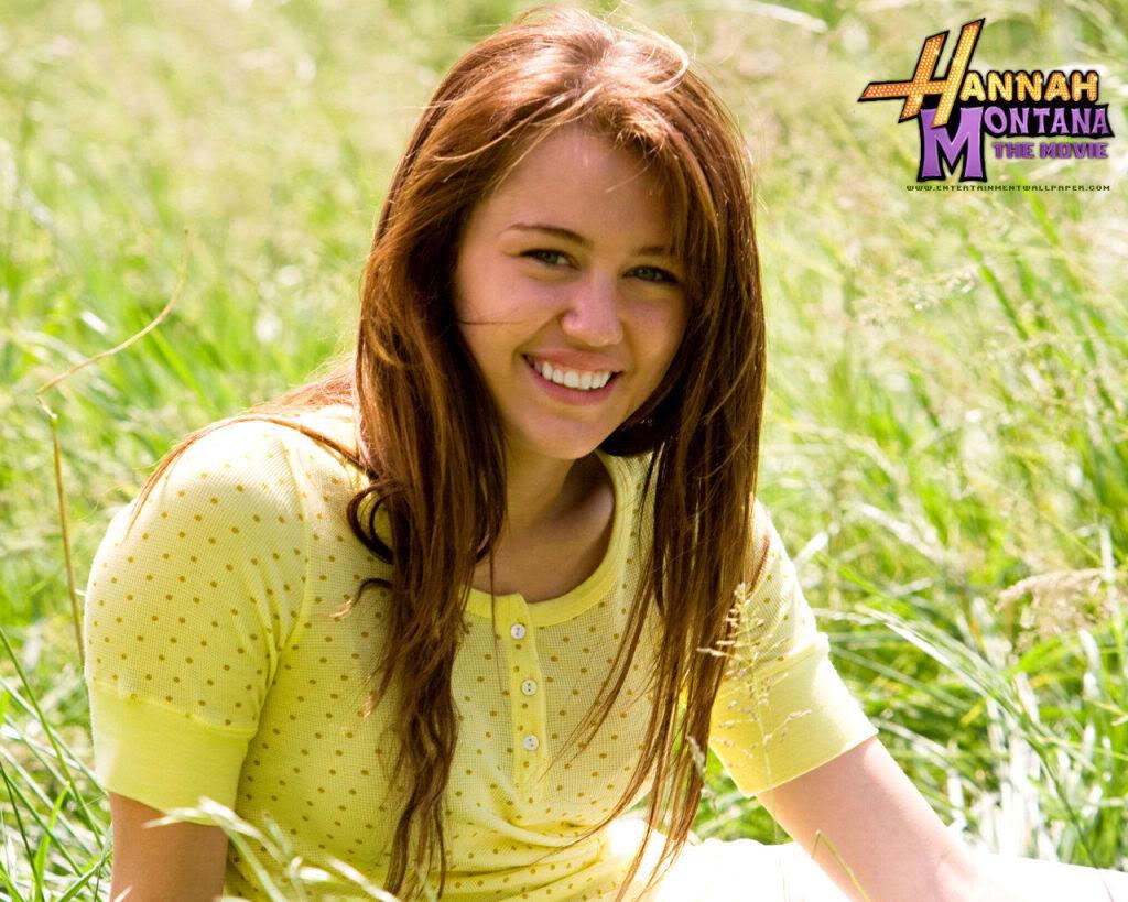 Hannah Montana Hannah-Montana-The-Movie-miley-c-2
