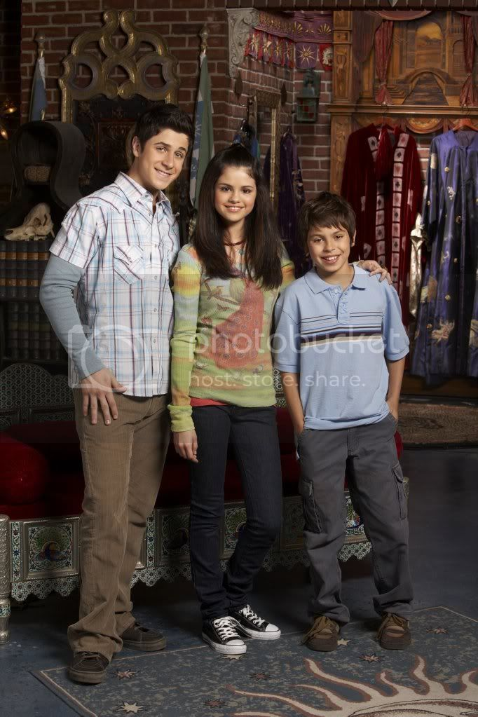 Wizards of the Waverly place Selenagomezfan_com-wowppromos-0006