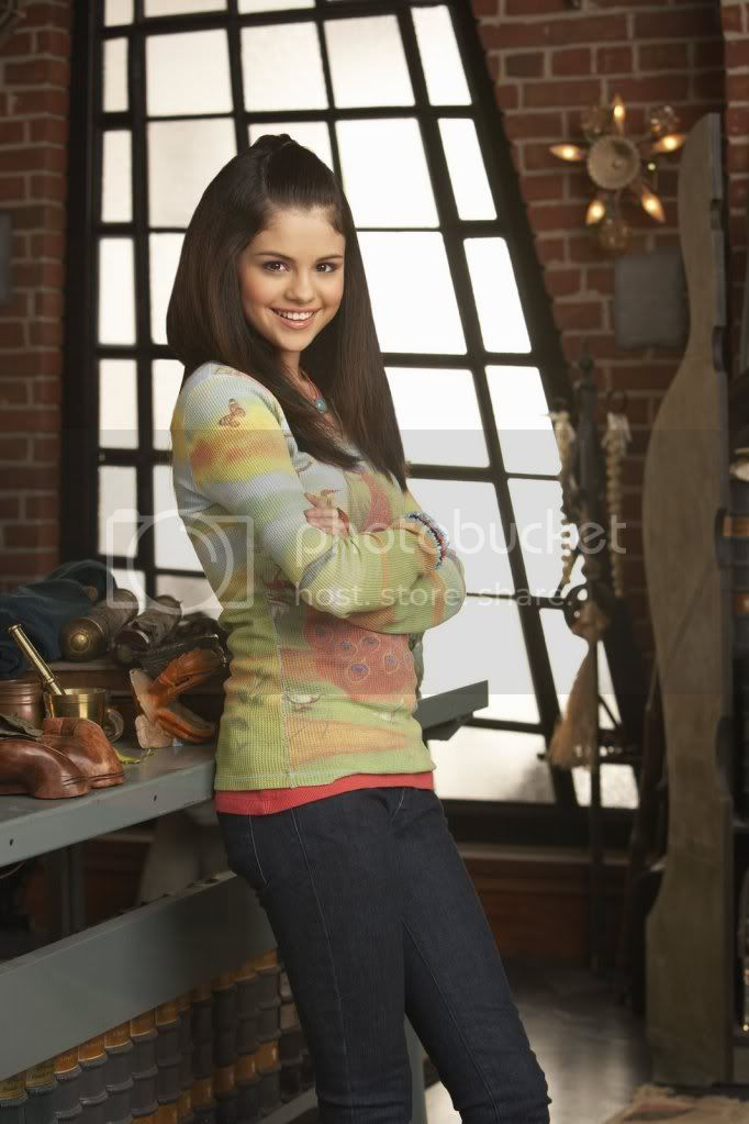 Wizards of the Waverly place Selenagomezfan_com-wowppromos-0014