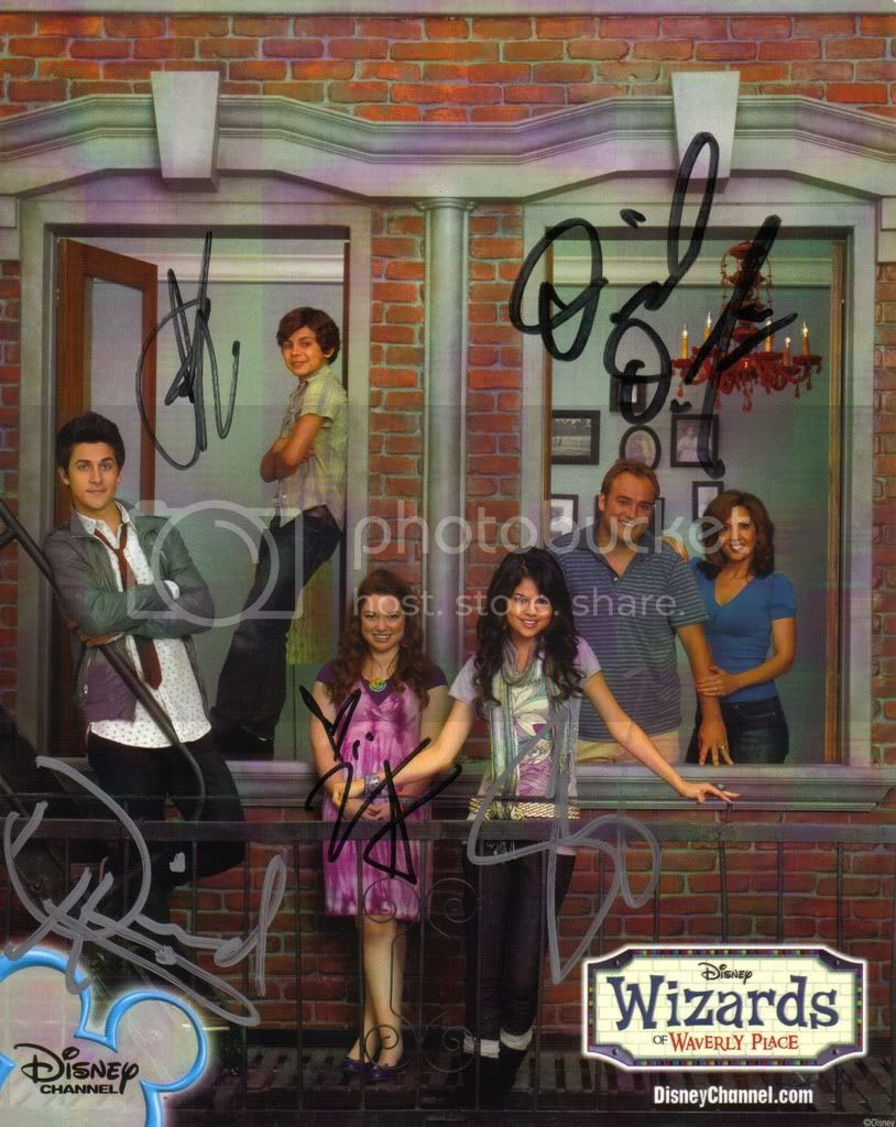 Wizards of the Waverly place Untitled2-2