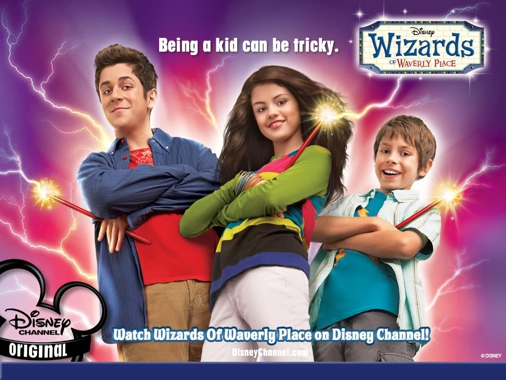 Wizards of the Waverly place Wallpaper_group_1024x768-1