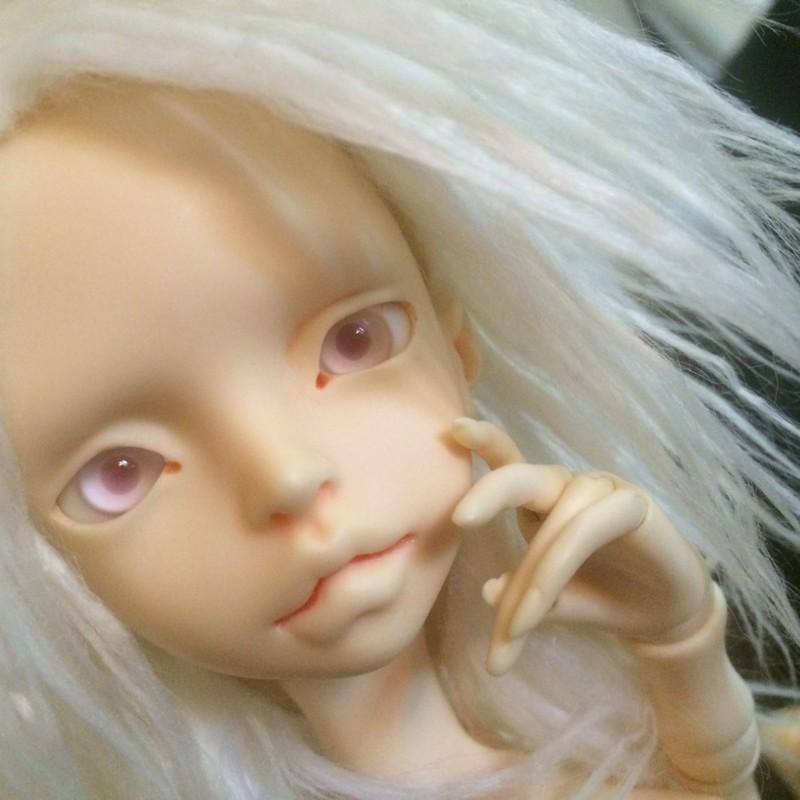 Ankomst af dukken der skiftede identitet på rejsen(Doll Chateau Charles pige) IMG_6073_zpsfxdfdzjt