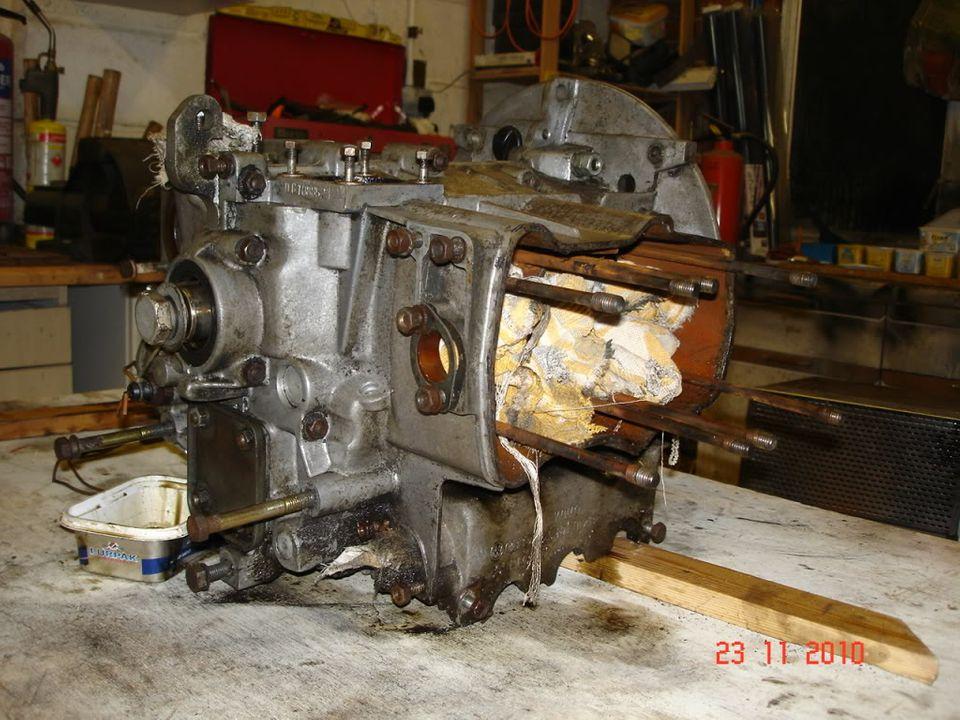 four king van - Page 4 Enginerebuild012