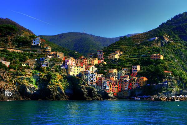 Cities of Color - Những thành phố sắc màu Cinque-Terre-Italy-6