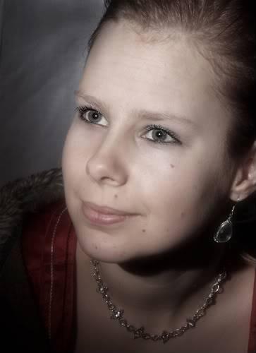 Miranda Portrait Mirandacopy-1