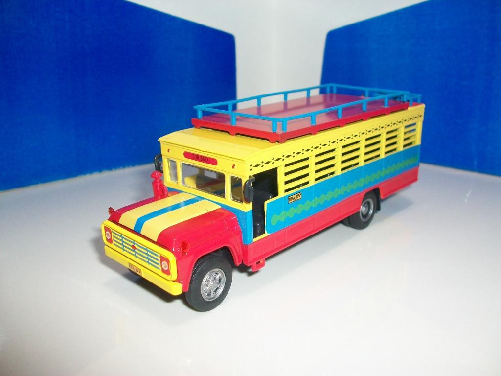 Mis buses.......... 100_7330_zps99f48325