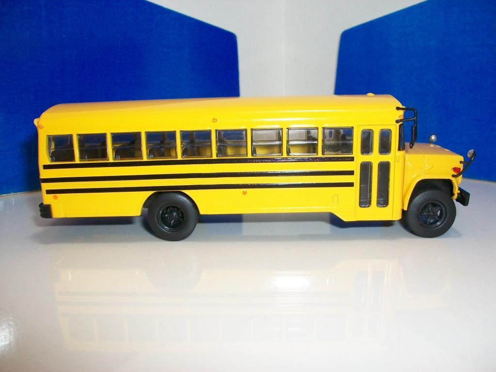 Mis buses.......... - Página 2 100_7461_zpsc16c74b3