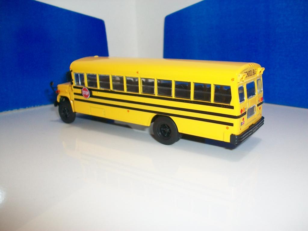Mis buses.......... - Página 2 100_7462_zps62a88182