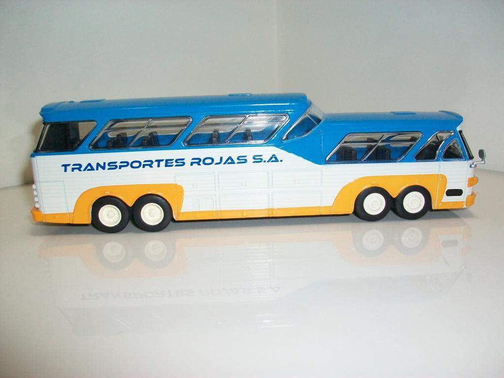 Mis buses.......... - Página 2 100_7486_zpsa54060b5