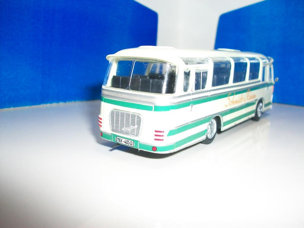 Mis buses.......... - Página 2 100_7553_zps3dcf9d63