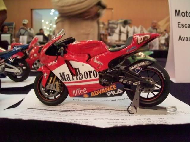 El Nazional xxv años foto estudio de autos y motos 100_3395