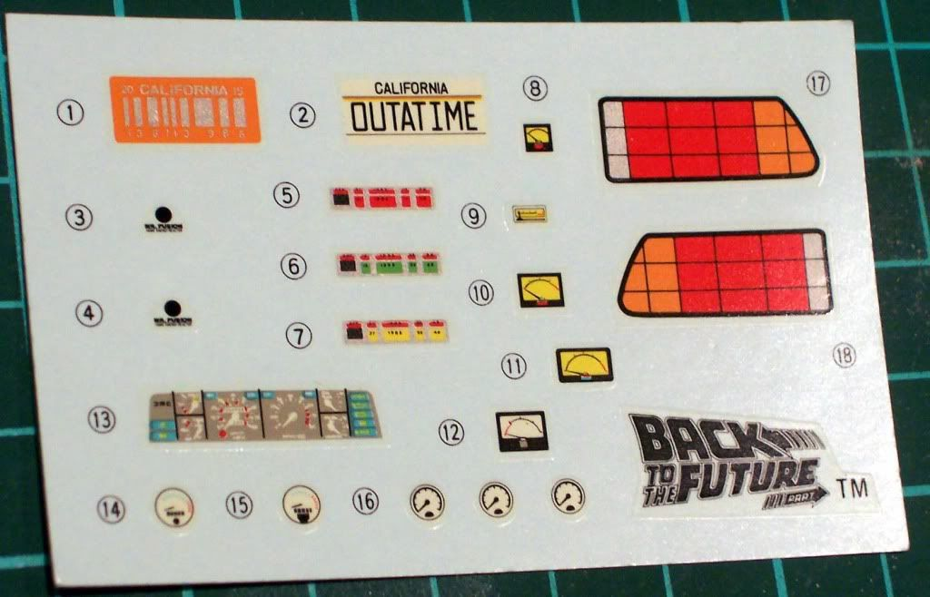 Kit Review: Delorean (Back to the Future) Imagen043
