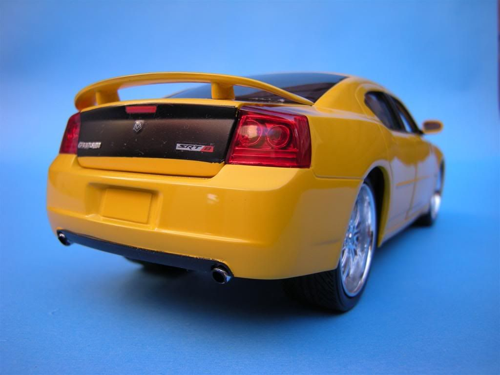 1/25 - Dodge Charger SRT8 DSCN1619Large