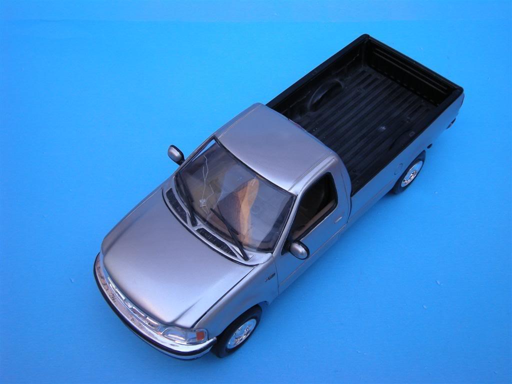 1/24 - Ford F-150 XLT ´97 DSCN0862Large