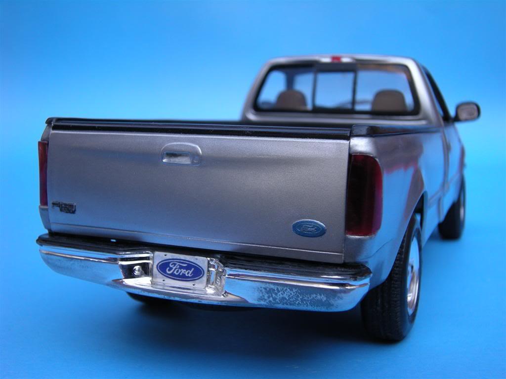 1/24 - Ford F-150 XLT ´97 DSCN0876Large