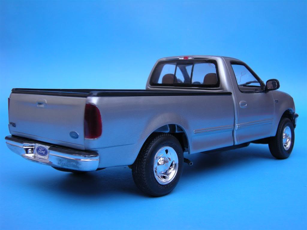 1/24 - Ford F-150 XLT ´97 DSCN0877Large