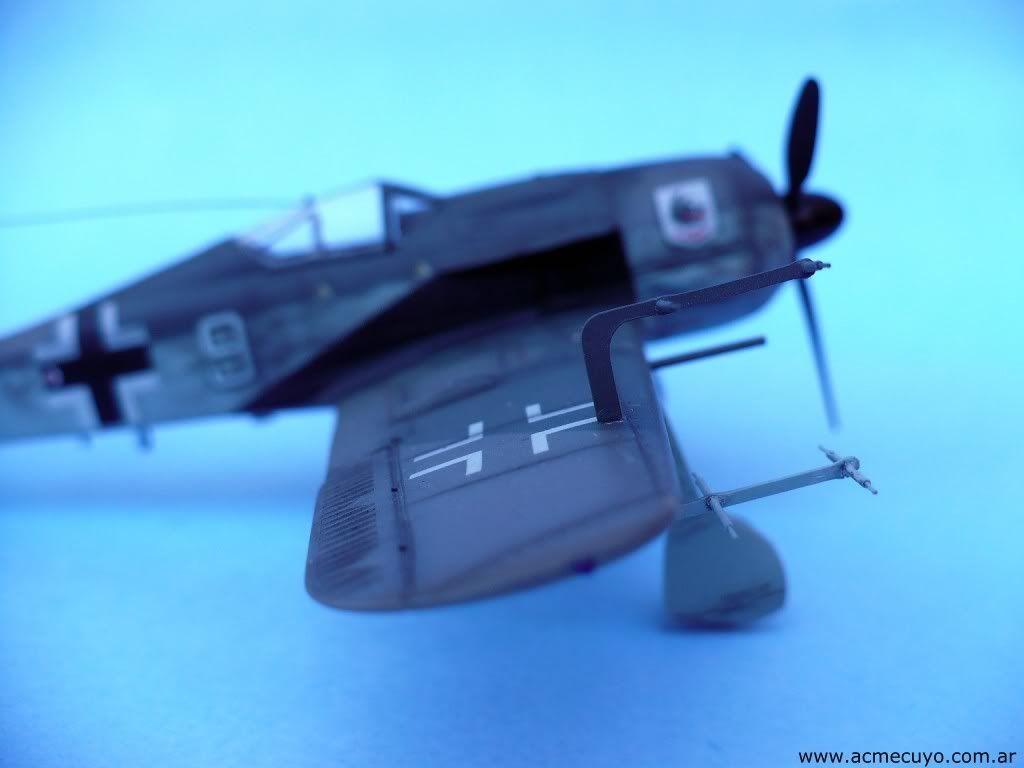 1/72 Focke Wulf Fw 190 A-8 / R-11 Acmecuyo-FW190-JavierSantiesteban-3