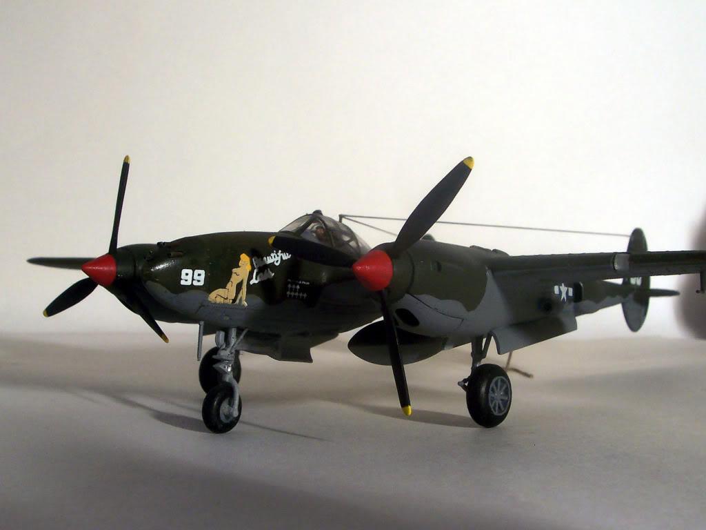 1/72 - P-38 Ligthning Imagen004