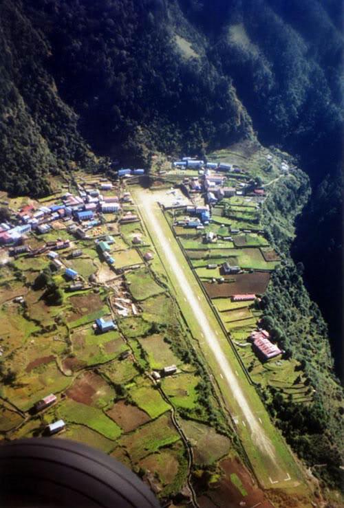 Lukla (Nepal) VistaSuperior