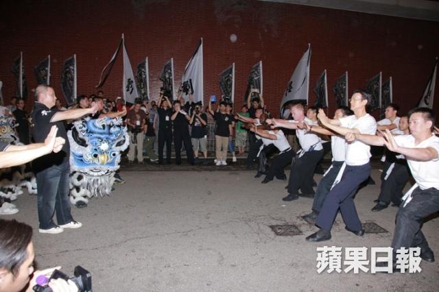 [2013-7-23] Thu Quan nhìn mặt sư phụ lần cuối: Lên đường bình yên 1374588426_03ae_zpsd85b9fc8
