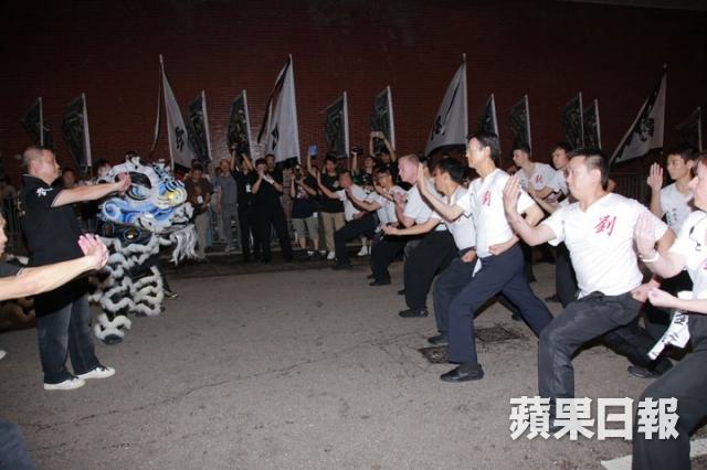 [2013-7-23] Thu Quan nhìn mặt sư phụ lần cuối: Lên đường bình yên 1374588426_7bb3_zps36a11e63