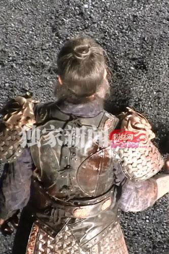 """[2011-9-21] Trịnh Thiếu Thu chiến tử trong """"Dương Gia Tướng"""", tạo hình cổ trang của Từ Phàm 734CBBF7A66AABC1CADC7055FEBAC951-1"""