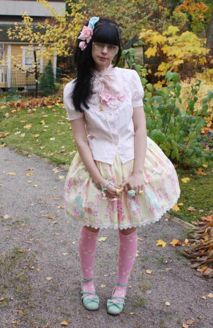 Sweet Lolita - Page 4 Kata-1