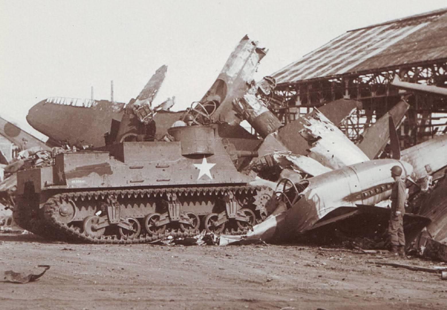 Fotos de la Segunda Guerra Mundial Ki-78_ken_high-speed-test-prototype_crushed_Gifu_1945-W-1