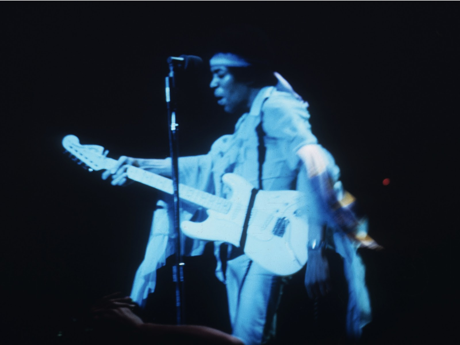Live At Berkeley (2003) 8a5c84b4293d11d043157f6dafdac9cd