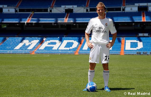 Real Madrid C.F - Page 5 7beb17c1c0d63d56ddc809d7b183f318